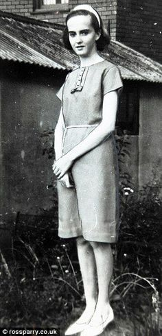 Elsie Frost had been stabbed five times by her killer. Creepy Stories, Ghost Stories, True Stories, Murder Most Foul, Unexplained Mysteries, Mystery Of History, Cold Case, Murder Mysteries, Fotografia