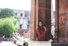 """Malavika"" by Richa Food Photography Tips, Indian Photography, Tumblr Photography, Photography Women, Portrait Photography, Iran Girls, Muslim Beauty, Saree Photoshoot, Girl Photo Poses"