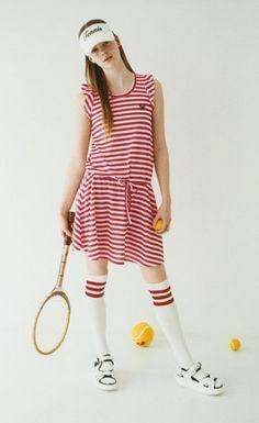 &sloe Tennis Whites, Sports Mix, Tennis Bag, Tennis Fashion, Hole In One, Spring Looks, Photoshoot Ideas, Sports Women, Sport Outfits