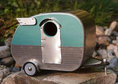 Vintage Camper Birdhouse by jumahl on Etsy