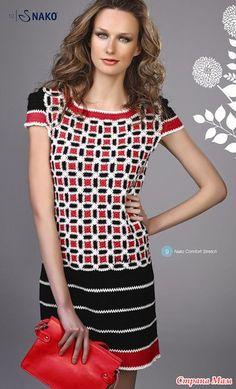 Трехцветное платье из каталога NAKO от Rena Lange. (Вязала в две ниточки, белых ушло - 120 г., черных - 420г, красных - 150г.)