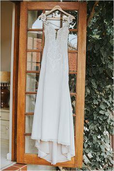 Marno & Jaunmari se industriële troue Industrial Wedding, White Dress, Wedding Dresses, Fashion, Bride Dresses, Moda, Bridal Gowns, Fashion Styles, Weeding Dresses