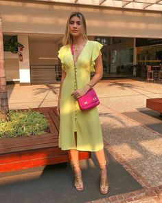 Evening Outfits, Summer Outfits, Summer Dresses, Smart Casual Wear, Casual Looks, Modest Fashion, Fashion Dresses, Dress Outfits, Fashion 2020
