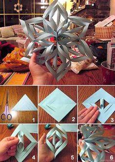 Awesome 55 Wonderful DIY Christmas Decorations Ideas https://lovelyving.com/2017/11/04/55-wonderful-diy-christmas-decorations-ideas/