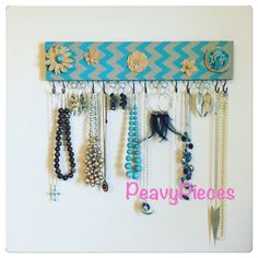 Necklace hanger Jewelry organizer jewelry display by PeavyPieces