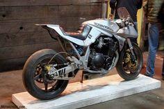 Retro Motorcycle, Suzuki Motorcycle, Ducati, Bike Details, Cool Motorcycles, Cafe Racer, Classic Bikes, Super Bikes, Street Bikes