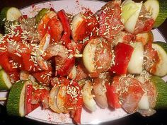 Recette de Brochette de dinde a l orientale Oriental, Caprese Salad, Food, Turkey Tenderloin, Cilantro, Sunday, Meat, Eten