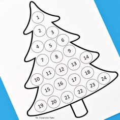 Free printable Christmas countdown advent calendar for kids. Use Do a Dot Markers, bingo markers, pom poms, stickers, or crayons to fill in each day. Christmas Tree Printable, Christmas Charts, Christmas Tree Template, Christmas Tree Advent Calendar, Diy Advent Calendar, Preschool Christmas, Free Christmas Printables, Advent Calendars For Kids, Advent Calenders