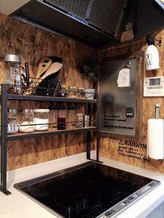 板だけで現状復帰出来るキッチンIH周りの壁を男前に模様替え♡|LIMIA (リミア) Room Interior Design, Small Spaces, Kitchen Appliances, Kittens, Metal, Home, Ideas, Kitchen, Diy Kitchen Appliances