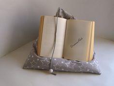 Kissen - Lesekissen , Buchkissen, Tabletstütze Sternchen - ein Designerstück von Dreams-Art bei DaWanda