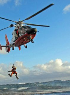 So Others May Live: Coast Guard's Rescue Swimmers: Saving Lives ...