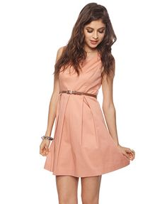This+dress+is+so+cute.+Pleated+dresses+are+in+my+liking.