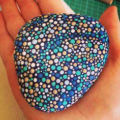 Blue dot art - rock art - pebble art. https://www.facebook.com/willabeesdesigner