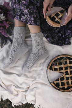 Margarita, High Socks, Knitting, Fashion, Moda, Thigh High Socks, Tricot, Fashion Styles, Stockings