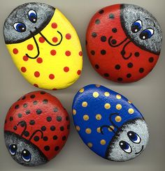Ladybug rocks, paint project for kids. Look cute in the garden!