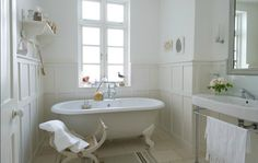 Beautiful white bathroom in a London townhouse