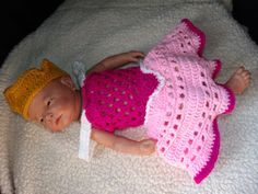 crochet photo prop Disney's Aurora from by momscrochetcorner, $30.00