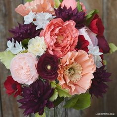Make this stunning crepe paper anemone for your wedding bouquet, party decorations or just because it's gorgeous! Pattern and tutorial by Lia Griffith.
