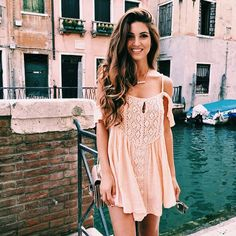 - Street Fashion, Casual Style, Latest Fashion Trends - Street Style and Casual Fashion Trends Mode Boho, Mode Chic, Looks Style, My Style, Boho Style, Passion For Fashion, Dress To Impress, Cute Dresses, Ladies Dresses