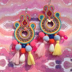 Anche multicolor! #lucejewels #alittlemarketitalia #style #nappine #ponpon #handmadejewelry #lookbook #soutache #soutachejewelry #soutacheearrings #earrings #orecchini #fashionblogger #fashionaddict #fashiondesigner #picoftheday #lookofday #outfitoftheday #outfitinspiration #jewelleryoftheday #jewellerydesign #swarovskycrystals #vogueaccessory #streetstyle #bouclesdoreilles #luxury #classy