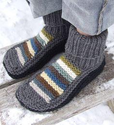 Free Knitting Patterns For Socks On Four Needles The Easiest Sock In The World. Free Knitting Patterns For Socks On Four Needles Knitting Patterns Dk . Knit Slippers Free Pattern, Knitted Slippers, Mens Slippers, Crochet Slippers, Knit Or Crochet, Knitting Patterns Free, Free Knitting, Slipper Boots, Knitting Socks