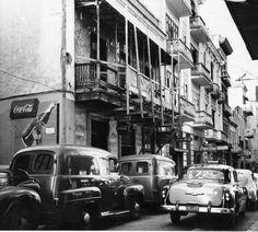Balcón Calle Fortaleza, esquina Tamarindo, en el Viejo San Juan  1940's-50's