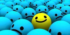 Son muchas las pequeñas cosas que nos hacen un poco más felices a diario. Muchas veces no nos paramos a pensar en cuánto bien nos hacen o lo fácil que puede ser hacer feliz a quienes amamos. Siempre debemos tener una actitud positiva y valorar las pequeñas cosas que suceden a nuestro alrededor. Os dejamos una lista de las 20 …