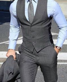 Why mens fashion casual matters? But what are the best mens fashion casual tips out there that can help you […] Latest Mens Fashion, Fashion Mode, Mens Fashion Suits, Mens Suits, Grey Suit Men, Mens Suit Vest, Fashion Trends, Fashion 2016, Urban Fashion