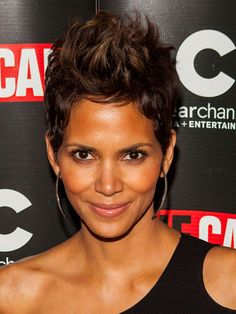 The 25 Cutest Short Hairstyles — and How to Pull Them Off: Halle Berry