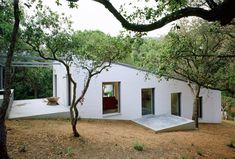 Stark White House 108 By H Arquitectes In Girona, Spain Contemporary Architecture, Interior Architecture, Interior Design, Hillside House, Cliff House, Sustainable Design, Simple House, Arches, Facade