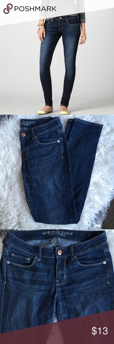 American Eagle Skinny Jeans Size 4 American Eagle skinny jeans. Waist about 15.5 in across, rise about 8.5 in and inseam about 30 in. Some wear on the inside thigh area. American Eagle Outfitters Jeans Skinny