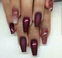 Uñas burgundy