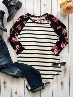 I love baseball tees! Lularoe has one---the Randy! www.facebook.com/groups/ShopLuLaRoeNicoleCreech