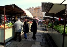 "Travel and Lifestyle Diaries Blog: Belgrade, Serbia: Visiting the ""Pijaca Kalenic"" Farmer's Market"