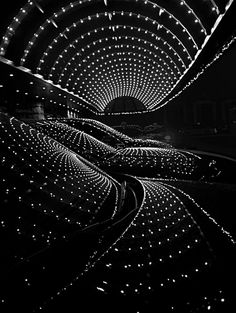 ✯ Black and White Light Show✯ I don't know exactly what this is, but it is cool looking. Light Photography, Black And White Photography, Amazing Photography, Landscape Photography, Film Photography, Landscape Art, Street Photography, Fashion Photography, Wedding Photography