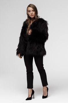 This faux fur jacket is sharp, isn't it ? Only High Quality Black Faux Fur Jacket, Fake Fur, Fur Coat, Jackets, Collection, Fashion, Moda, Fur Coats, Fasion