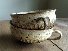 Maku Miyako - instrument and living tool OLIOLI Ceramic Cups, Ceramic Pottery, Pottery Mugs, Pottery Designs, Japanese Pottery, Porcelain Ceramics, Stone Art, Earthenware, Tea Pots