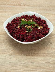 Rote Beete Salat mit Walnüssen und Apfel – inthemood4food