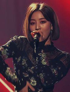 divine nine — jihyo ♡ coming of age ceremony Nayeon, Kpop Girl Groups, Korean Girl Groups, Kpop Girls, Park Ji Soo, Divine Nine, Jihyo Twice, Twice Once, Twice Kpop