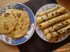 Bramborove placky s povidly nebo makem Czech Recipes, Ethnic Recipes, Home Recipes, Cooking Recipes, Naan, Finger Foods, Sweet Recipes, Food And Drink, Yummy Food