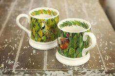 Birds & Leaves Set of 2 x 0.5 Pint Mugs 2014 (Discontinued)