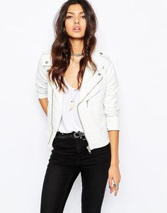 The Lauper Tuxedo Moto Jacket is a vegan leather biker jacket with a contra-tuxedo color scheme in black and white. This jacket is oversize with a relaxed fit, asymmetrical zippers and loose look. Biker Jacket Outfit Women, White Jacket Outfit, Leather Jacket Outfits, Faux Leather Jackets, Moto Jacket, Outfit Vestidos, Tuxedo Colors, E Biker, Shirts For Leggings