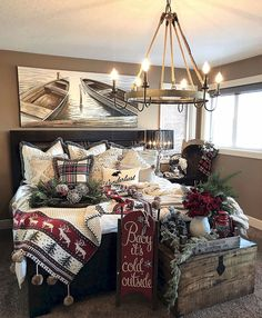 Epic Popular Rustic Christmas Bedroom Decoration Ideas To Inspire You The Christmas bedroom design also needs to be taken into account. Because the bedroom is a very important area as a place to rest in the house. The se. Farmhouse Christmas Decor, Country Farmhouse Decor, Rustic Christmas, Christmas Home, Christmas Decorations For Bedroom, Xmas, Christmas Trees, Christmas Kitchen, Country Winter Decorations
