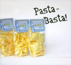 homemade pasta.. another way - für den Kaufmannsladen
