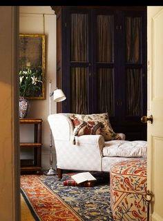 Splendid Sass - judylinn10@gmail.com - Gmail.......This beautiful room calls out for a rainy day, tea and a good book.
