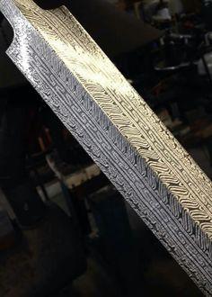 How the!!?..! Damascus Blade, Damascus Steel, Lucas Black, Fantasy Sword, Throwing Knives, Samurai Swords, Cold Steel, Custom Knives, Knives And Swords