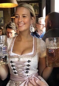 Top 5 Countries With The Most Beautiful Women Oktoberfest Costume, Oktoberfest Beer, German Women, German Girls, Drindl Dress, Boho Dress, Octoberfest Girls, German Beer Festival, Beer Maid