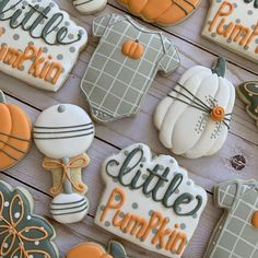 Twin Baby Shower Theme, Baby Shower Fall, Baby Shower Gender Reveal, Baby Boy Shower, Fall Baby Showers, Cute Baby Shower Ideas, Baby Cookies, Baby Shower Cookies, Cookies Et Biscuits