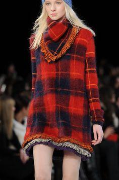 #Inspiration #Tartan #Dress#Runway #Look#BiographyTrend #FolkPunk#BiographyCollection #Biography