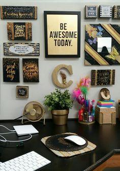 20 Best Chic Cubicle Decor Ideas Cubicle Decor Office Decor Cubicle